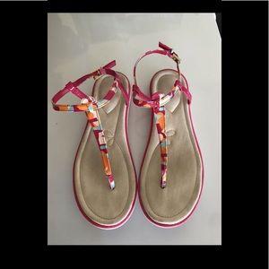 Women Clark's T strap Sandals size 8.5